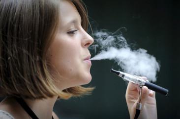 Conférence-débat sur la cigarette électronique