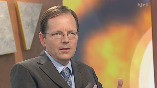 «Retro-Conso : le vapotage généralisé » Interview de Jean-François ETTER par la RTS