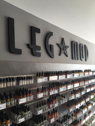 Interior of the LEG Mod Marmande shop of the Vapoclope network