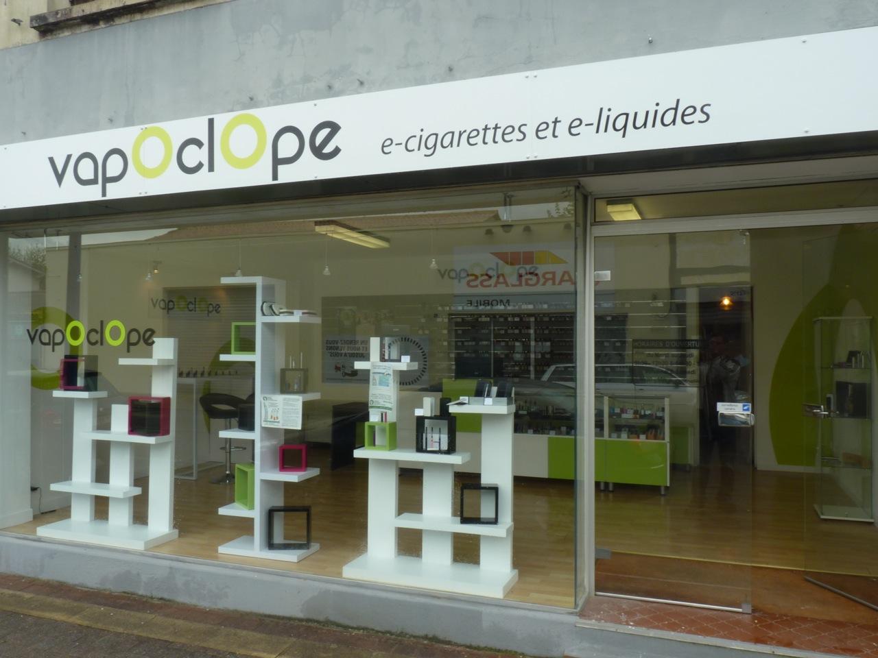 Boutique de cigarette électronique et e-liquides vapOclOpe Lesparre
